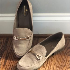 Bandolino loafers